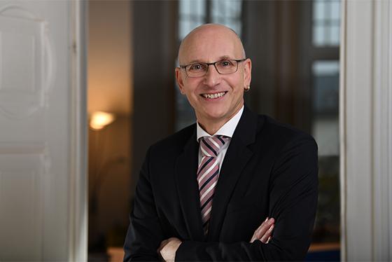 Rechtsanwalt in Limburg: Dirk Schoemakers, Fachanwalt für Verwaltungsrecht